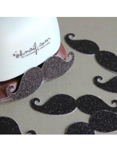 Troqueladora con forma de bigote 7,5 cm